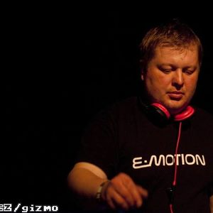 One hour of Stepan Bruck 019 on ETN.fm - August 2015