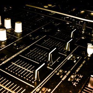 DJ San (deep house) & Deejay Krüge® (classic) live @ Lesz Rádió 2012.03.01. (Komoly Mix 69. adás)