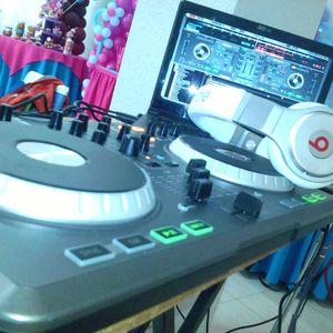 mix dj yordi y dj kratos 2014 combinando stilos.mp3