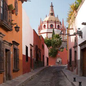 Tiempo queretano. Las fiestas de la cruz en San Miguel de Allende, Guanajuato