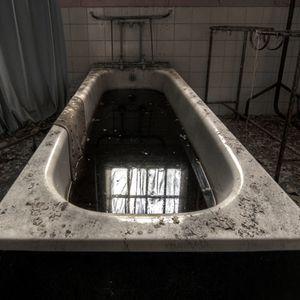 N'Gwa Dark Room (Tekno Mix)