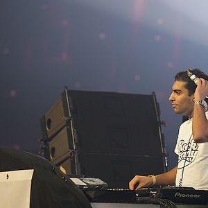 Grandmaster Izzi, live @ Girls Love DJ's 17-01-10