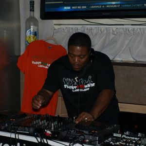 DJ ANT B'S TRIBUTE TO WHITNEY HOUSTON