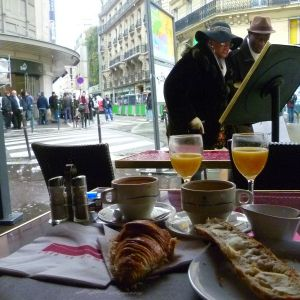 Nico Arvan - Rainy breakfast (March 2013)