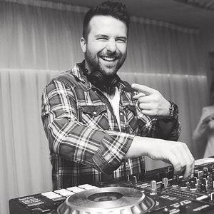 DJ LeLLe NjuChocoMIX