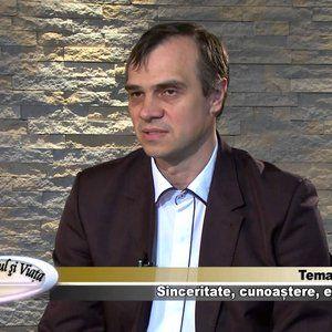 Daniel Grigoriciuc, Carl Sanders - Pasapoartele biometrice