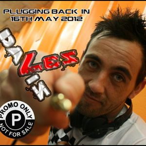 Plugging Back-in -  Les Davis PROMO ONLY (16th May 2012)