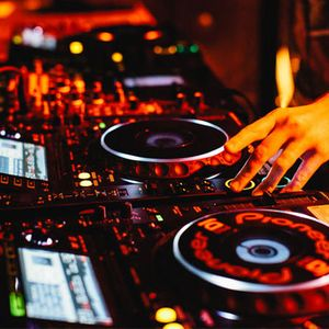 Commercial House Short Session - Thoome DJ