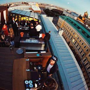 Lrman & Anturage miXup rooftop live