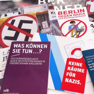 Linkin Radio - Schülerradio, Rechtsextremismus @ Berlin 2001