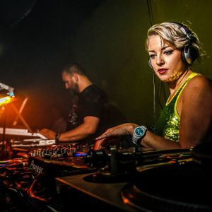 A-DJ-Radio_podcast 056 - hosted by E-VERTEILER - Bettina Striegl