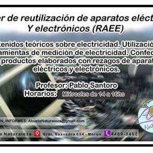 Pablo Santoro y Alex Portugheis -talleres de reciclaje de aparatos tecnológicos de AbuelaNaturaleza