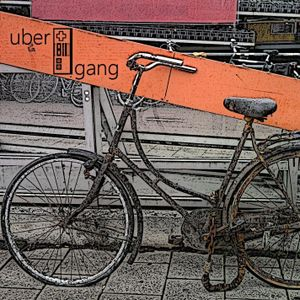 minimal mixery 17 - rusty old bike in amsterdam edition.