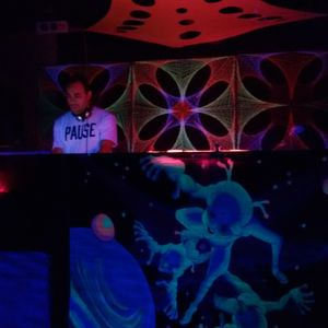KarlZen @ Lennons Club (Adi Shakti - psychedelic meditation) 07.11.15