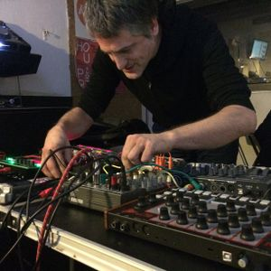 Fractal Meat 98 - 29/1/16 with Justin Paton live ACID in session