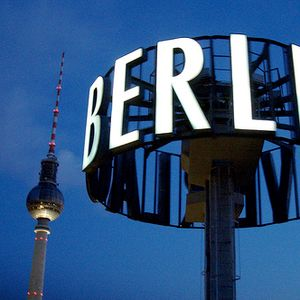 Mandrob Pres. - Destination Berlin Radio Show on MCCFM 06/07/11