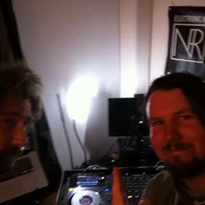Surprise 6.06.2017 With James MC & Peter Grantham on Noize Radio