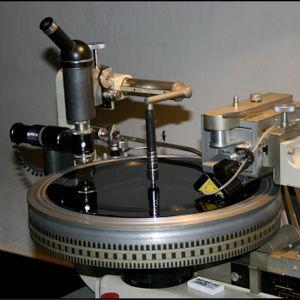 DJ Patife's On A Groovy D&B Set