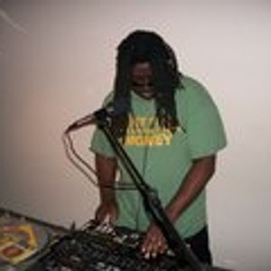 """Dj Dr Funklove..""""The Real Reggae""""/Rap/Hip hop/pop Jams w His Style Of Slam Mixing..Live Mix Session."""