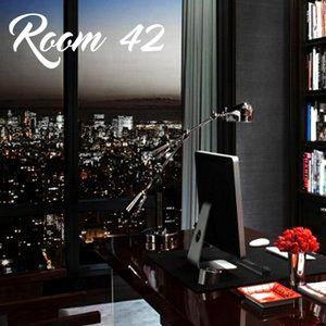 *ROOM 42* DEEP HOUSE