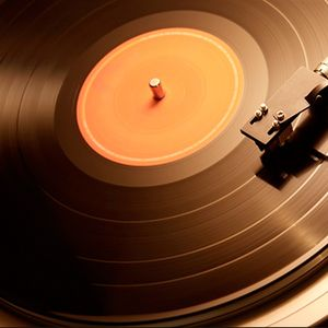 Krisis House Sessions 9 - Weekly Show On www.HouseMusicRadio.uk - Playing you all vinyl this week x