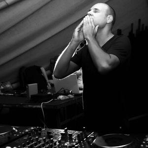 D-Nox DJ MIX from Tel Aviv to Nairobi 2012