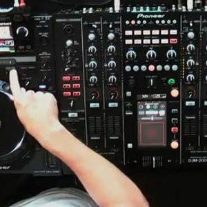 Minimix 6 - Gerarz live mix (play)