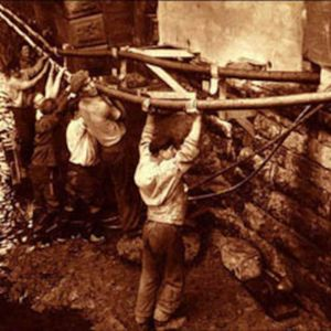 Celtic Roots Radio 13a - Famine, navvies and emigration