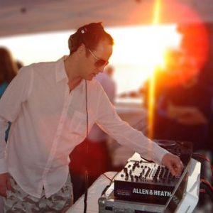Sasha - Live @ Manumission Privilege, Ibiza (08-04-2002)