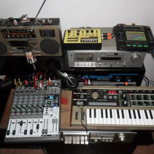 tech trance, techno, psy trance, hard trance, chiptune, boleros romanticos