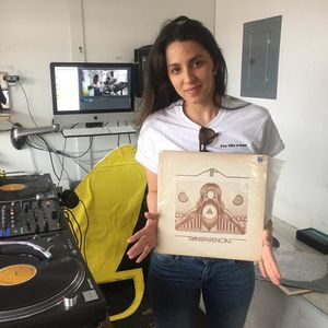 Love Injection with Barbie Bertisch @ The Lot Radio 04:15:2017