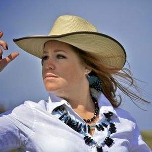 Jenn Zeller, The South Dakota Cowgirl on Barrel Racing Tack