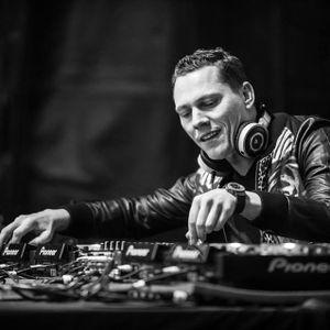 DJ Tivek___My way 06 *** The best EDM & Dubstep <3 <3 *** Mixed by Tivek ***Tiesto original mix