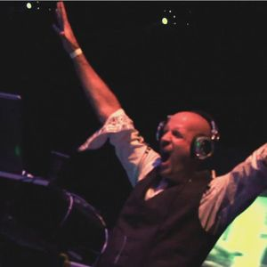 DJ Kos - Club 43 - A Journey Thru House & Electro