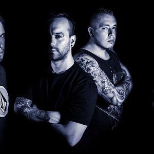 VENENO ROCK RADIO 17 temporadas con el show en vivo de DUM