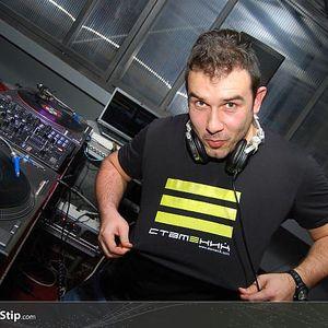 Alexandar Nk - Magnetik Music 036 (24.10.2011)