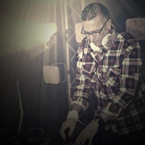 DJ Royski Live at Icon Lounge (September 15 2012) - DJ Royski
