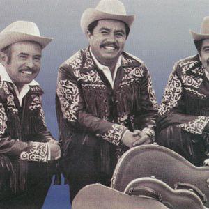 EL FONÓGRAFO: Los tres caballeros, Daniel Santos, Trío Armonía Huazteca, Mariachi Oro y plata y más