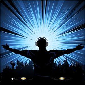 DJ Kazino Royale Farenthide Set (Live At Home)