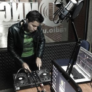 Nicolas Agudelo Live at UMNG Radio - 2014-11-07