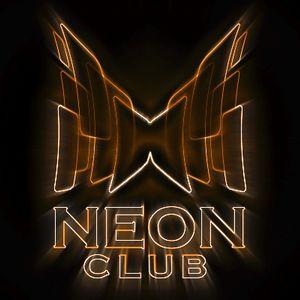 DJ Maxik - Live Mix 10.11.2012 (Neon Club FM)