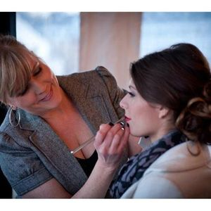 Kimberly Richard: Wicked Blushing Brides: Look 10 Years Younger