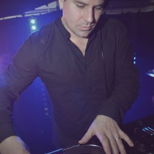 Justin Wilkes - Commercial Mini Mix - January 2015