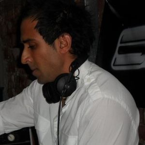 FLASHBACK - 19.02.2013 DJ So Sunny (SO:FRESH DJs) on www.radio2funky.co.uk