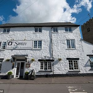 The Swan at Bampton