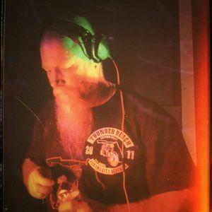 RED - waynealanbaugh ( live dj mix)