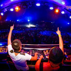 Dj Set - Tomorrowland Style