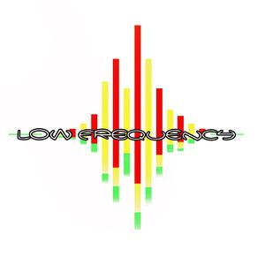 PROMO 15-05-2011  LOW FREQUENCY mixed by Elia PRS