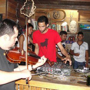 Jungle River Wedding Mix - Dani Eldas featuring Angel Rios @ Jungle River, Rio Cangrejal, Honduras