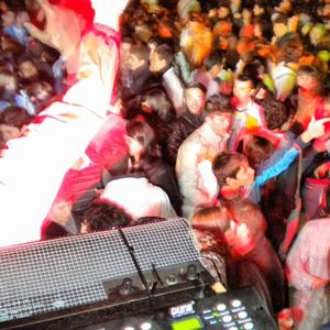 WOW audiovisual   Festival DJs 2011  BETRIU Dj   Licking Vinyls djs
